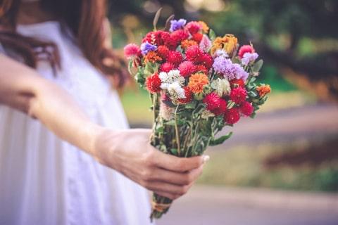 女の子と花の画像